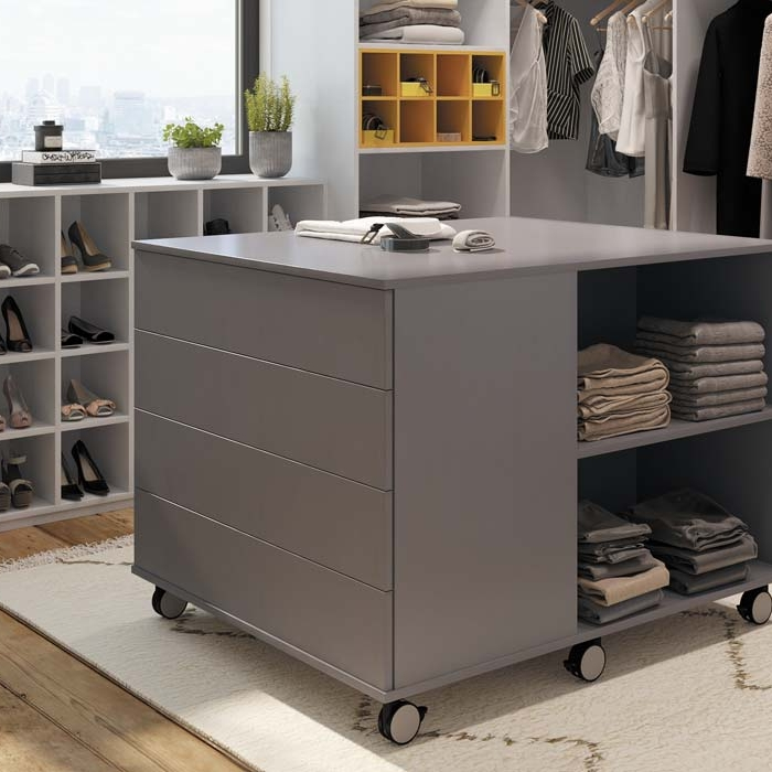l 39 univers ambiance dressing galerie photos. Black Bedroom Furniture Sets. Home Design Ideas